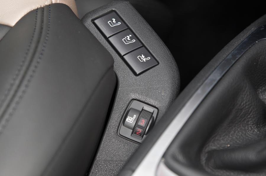 Grand C4 Picasso seat controls