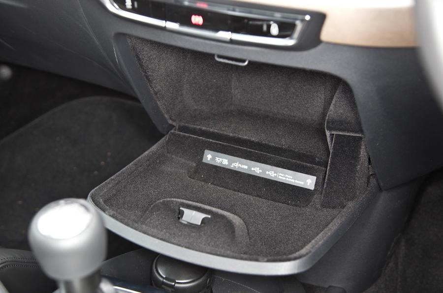 Citroën Grand C4 Picasso centre console