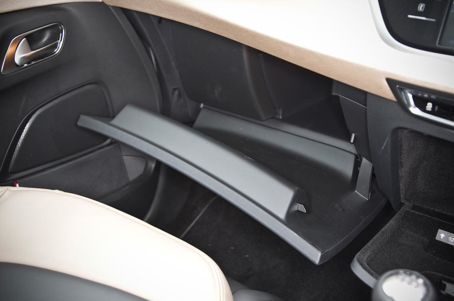 Citroën Grand C4 Picasso glovebox