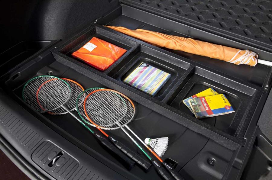 Chevrolet Cruze SW boot storage