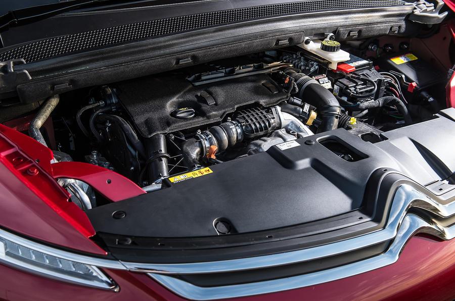 Citroën C4 Picasso engine block