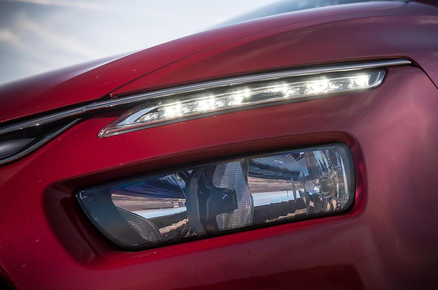Citroën C4 Picasso headlights
