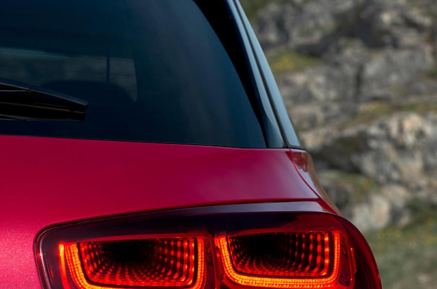 Citroën C4 Picasso rear lights