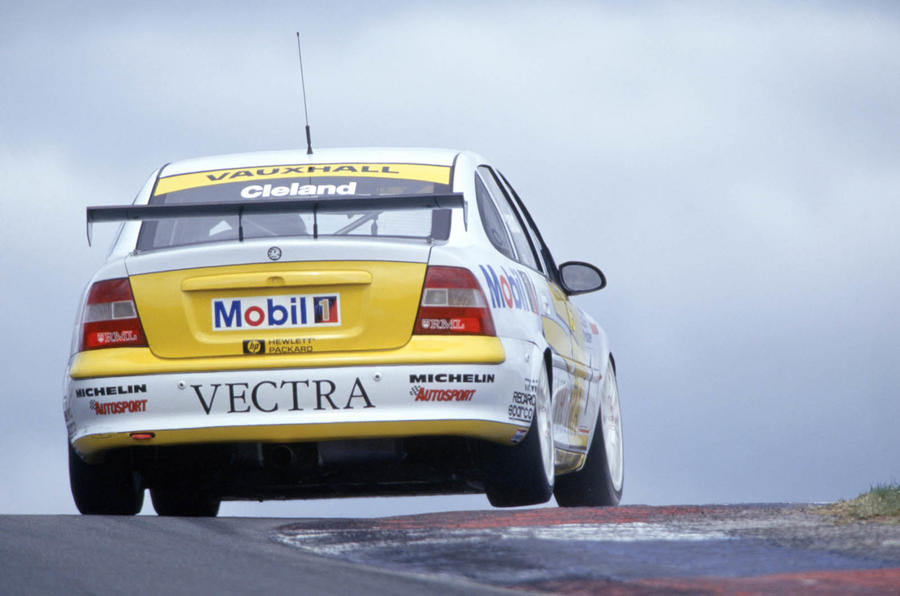 The Btcc S Super Touring Era Picture Gallery