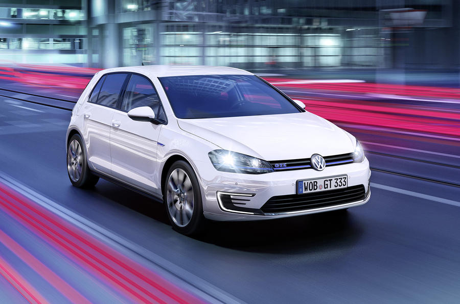 Volkswagen Golf GTE revealed ahead of Geneva debut