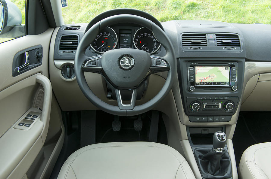 Skoda Yeti Outdoor dashboard