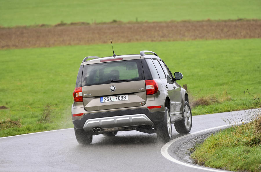 Skoda Yeti Outdoor rear cornering