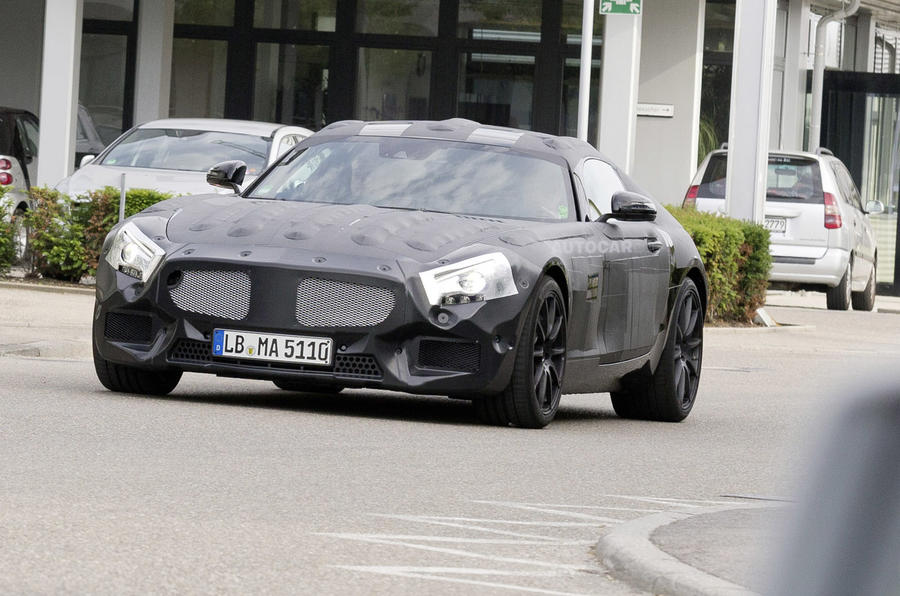 Successor to the Mercedes SLS AMG spotted - exclusive spy pics