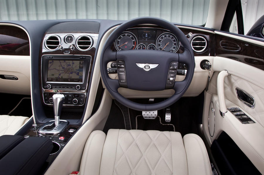 Bentley Flying Spur's interior