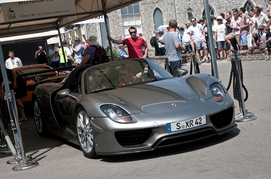 Porsche 918 Spyder: dynamic debut