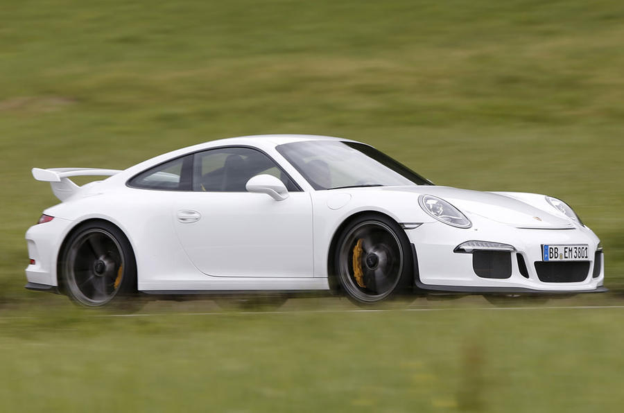 All Porsche 911 GT3s to get new engines