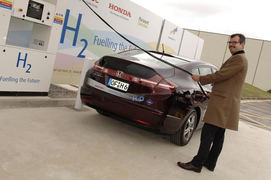 Honda opens new hydrogen filling station in Swindon