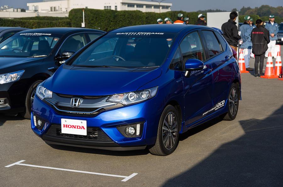 4 star Honda Jazz Hybrid
