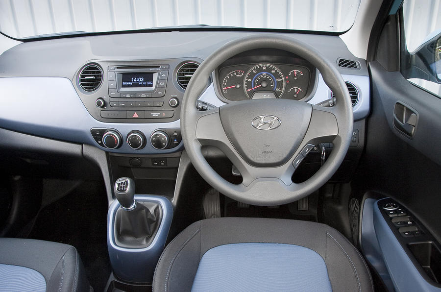 2014 Hyundai i10 SE 1.0 66PS petrol manual first drive review