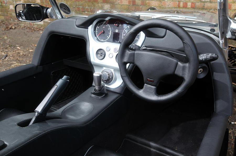 Westfield Sport Turbo 3 dashboard