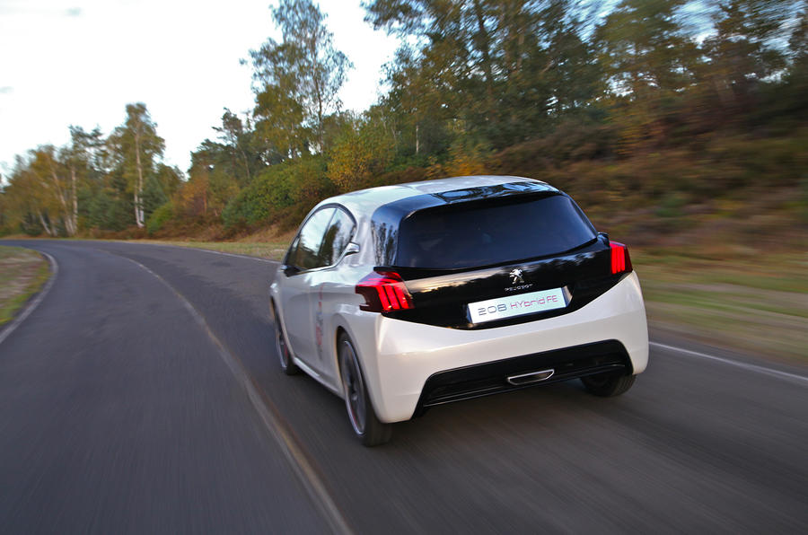 Peugeot 208 Hybrid FE first drive review