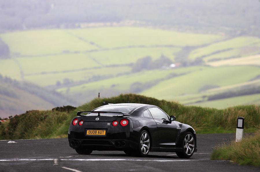 Could a car beat the outright lap record for the Isle of Man TT course?