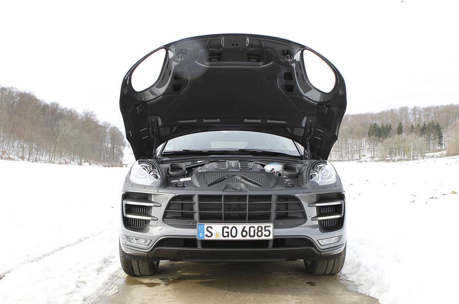 Porsche Macan Turbo bonnet open