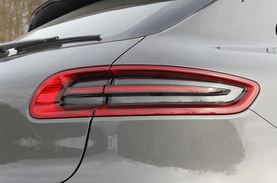 Porsche Macan Turbo tailights