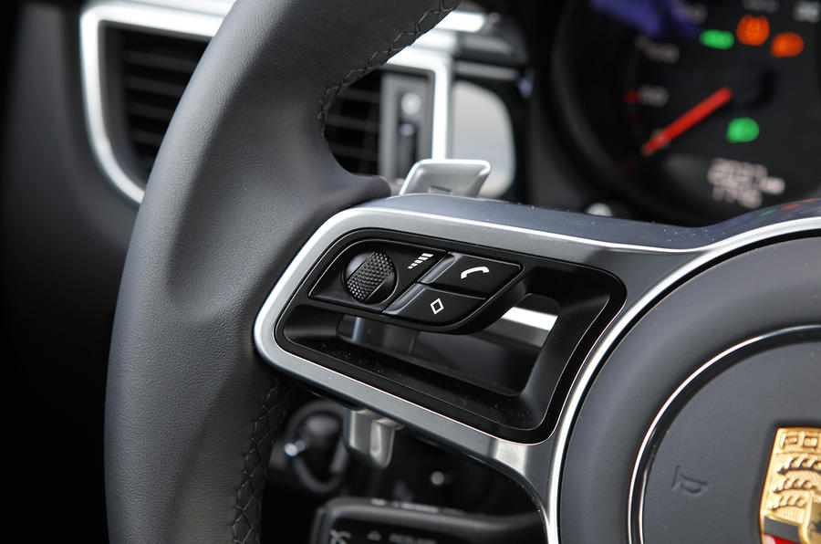 Porsche Macan Turbo paddle shifters