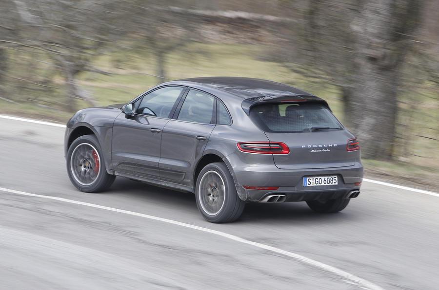 Porsche Macan Turbo rear cornering