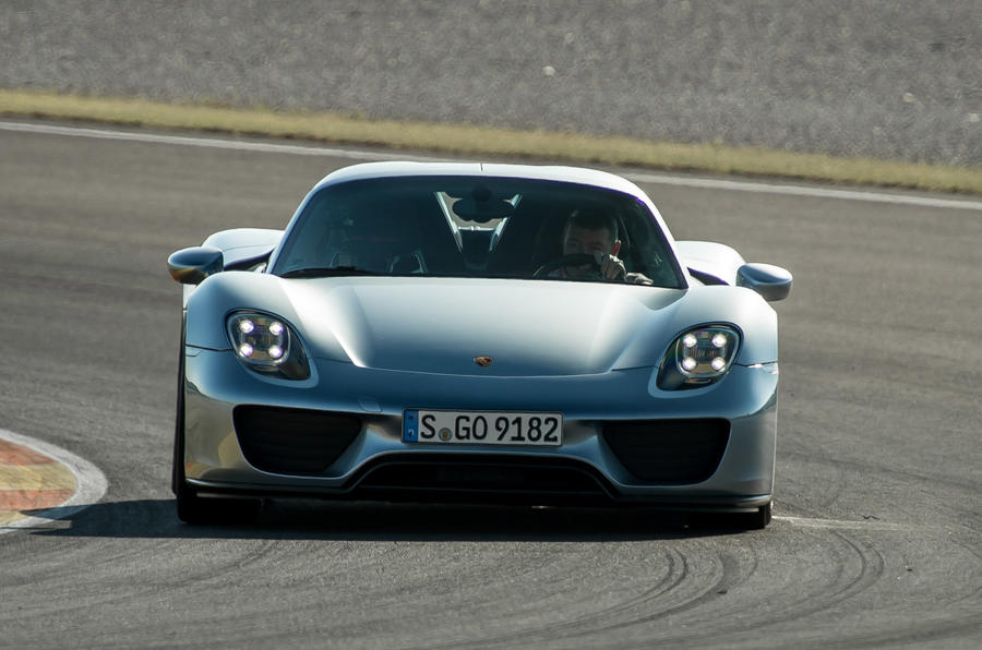 McLaren P1 versus Porsche 918 Spyder - which is best?