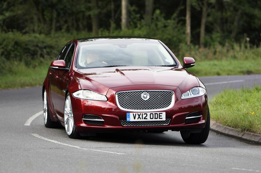 Jaguar XJ LWB cornering