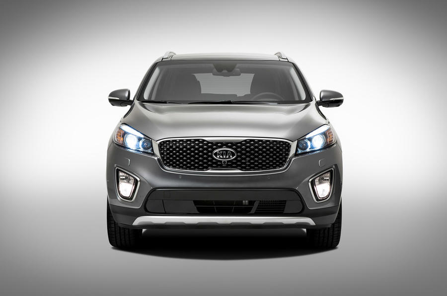 Third-generation Kia Sorento unveiled