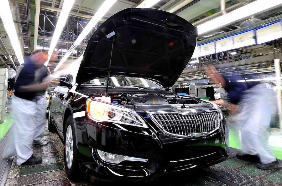 A whistle-stop tour around Kia's biggest car production plant