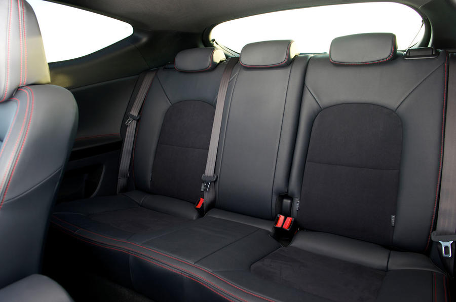 Kia Procee'd GT rear seats