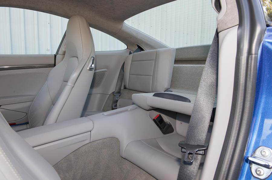 Porsche 911 Turbo rear seats