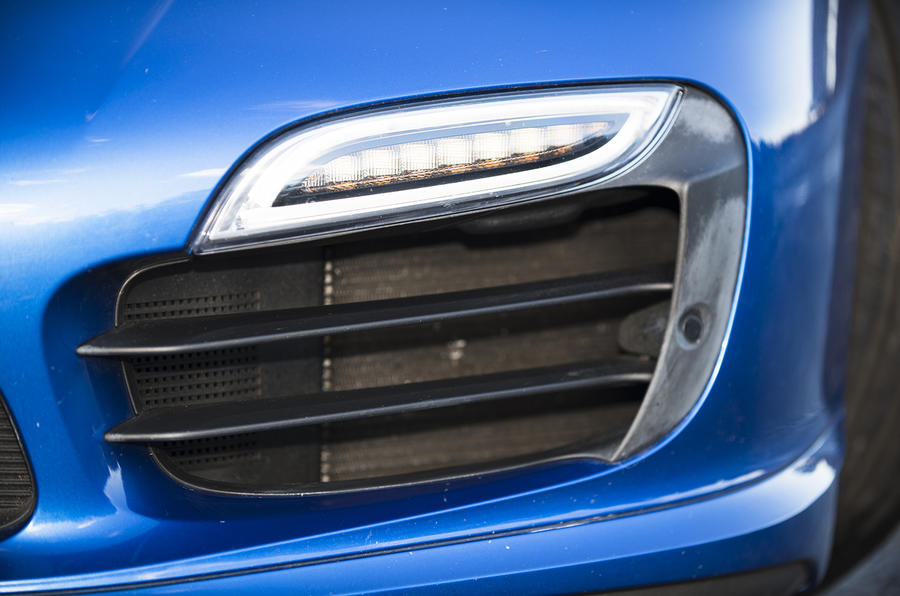 Porsche 911 Turbo LED lights
