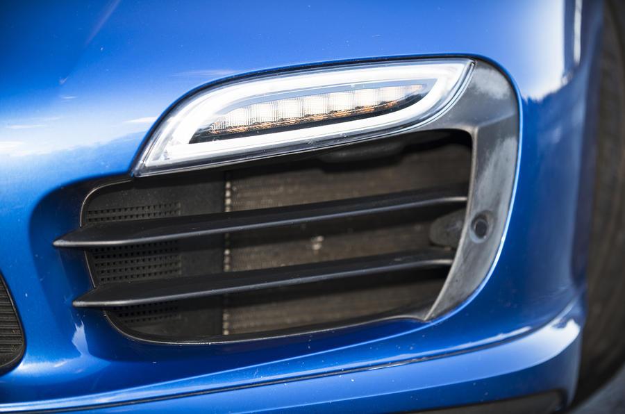 Porsche 911 Turbo LED lights
