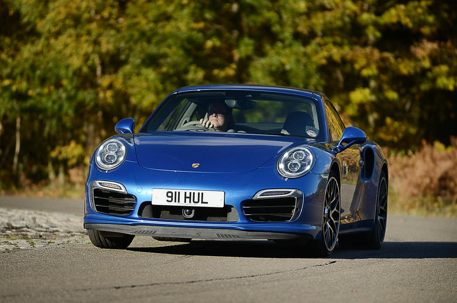Porsche 911 Turbo cornering