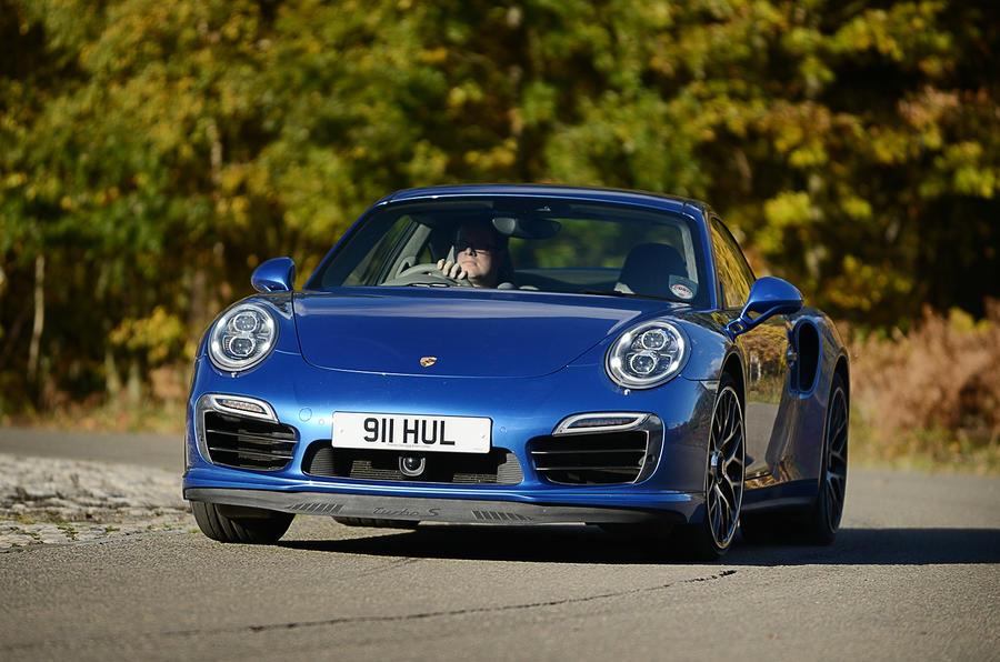 Porsche 911 Turbo cornering