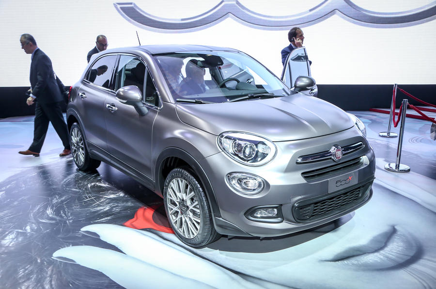 fiat 500x compact crossover unveiled. Black Bedroom Furniture Sets. Home Design Ideas