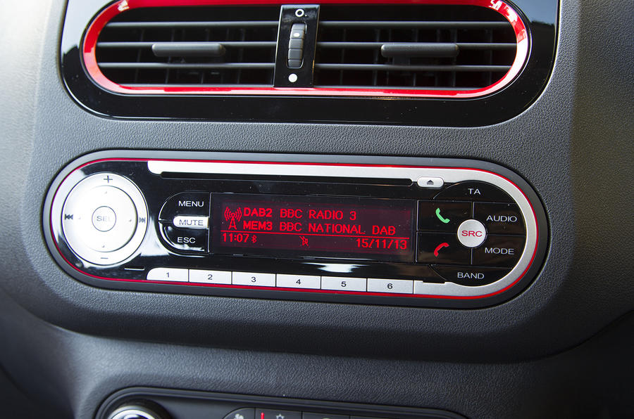 MG3 infotainment system