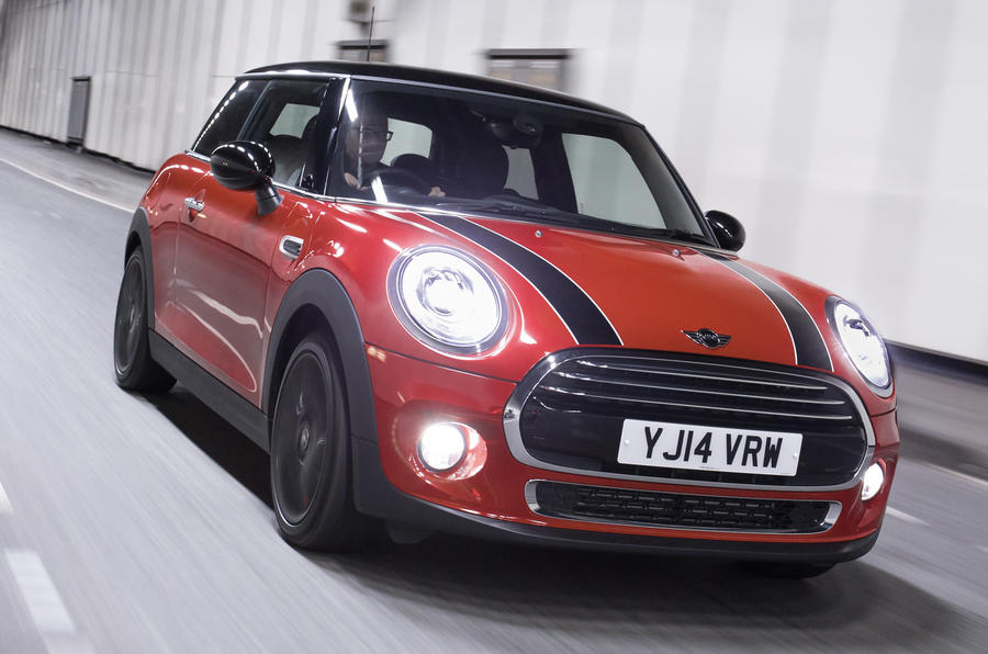 Quick news: US passes camera law; Mini Cooper D delays; Golf GTE's UK debut