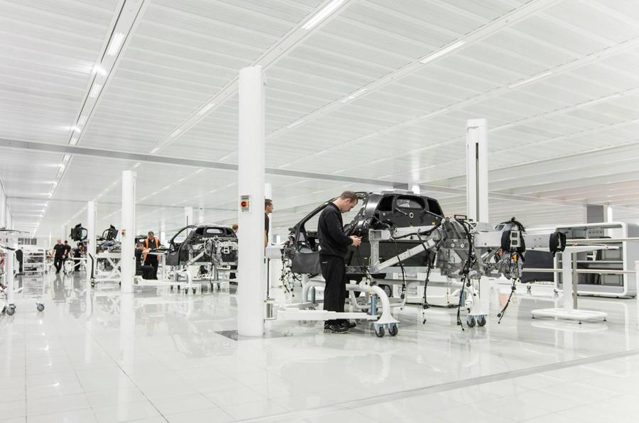 McLaren P1 production begins