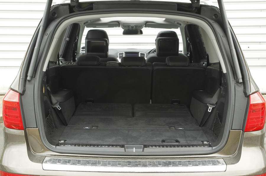 Mercedes-Benz GL boot space
