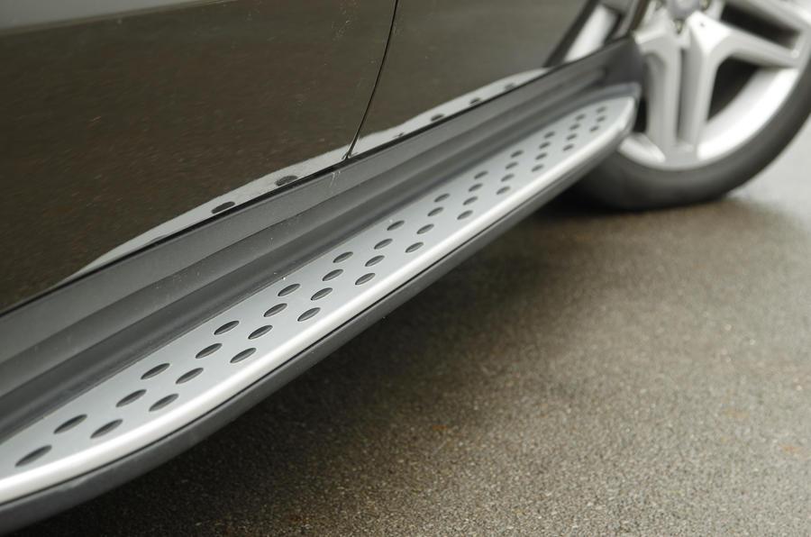 Mercedes-Benz GL running boards