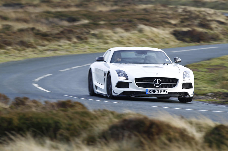Mercedes-AMG SLS Black Series cornering