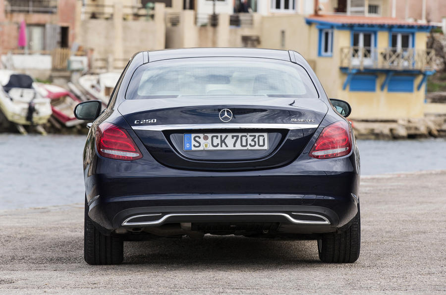 Mercedes-Benz C 250 rear end