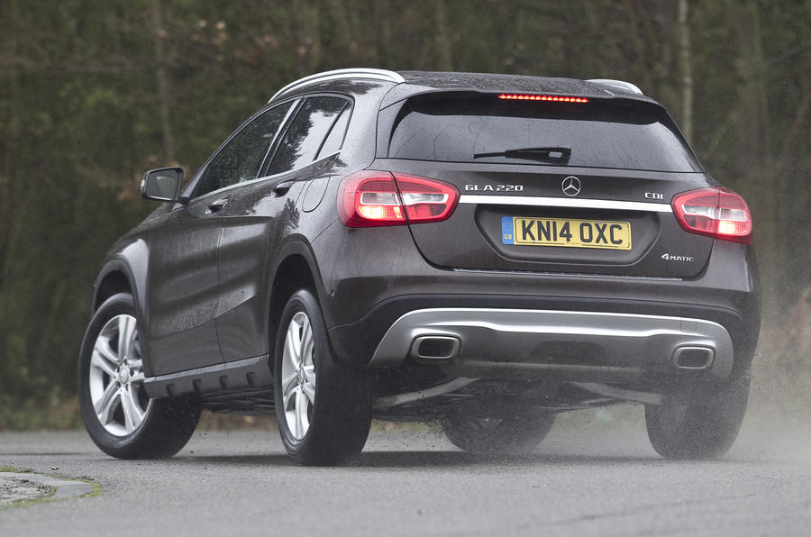 Mercedes-Benz GLA rear cornering