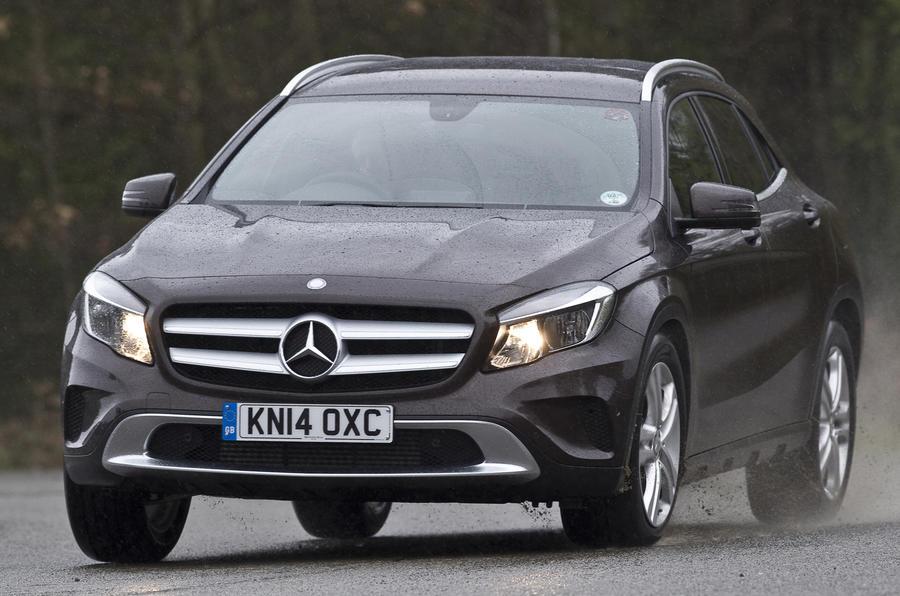 Mercedes-Benz GLA cornering