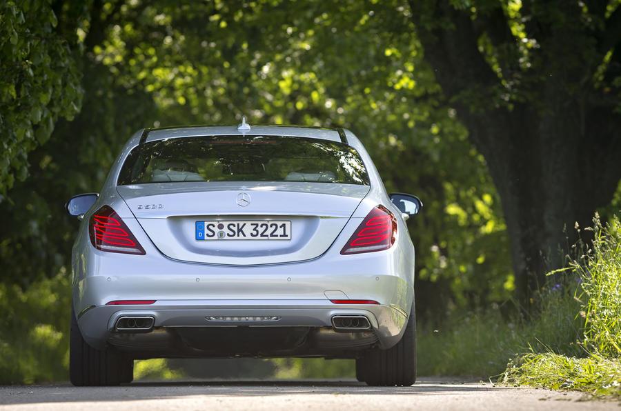 Mercedes-Benz S 500 L rear end