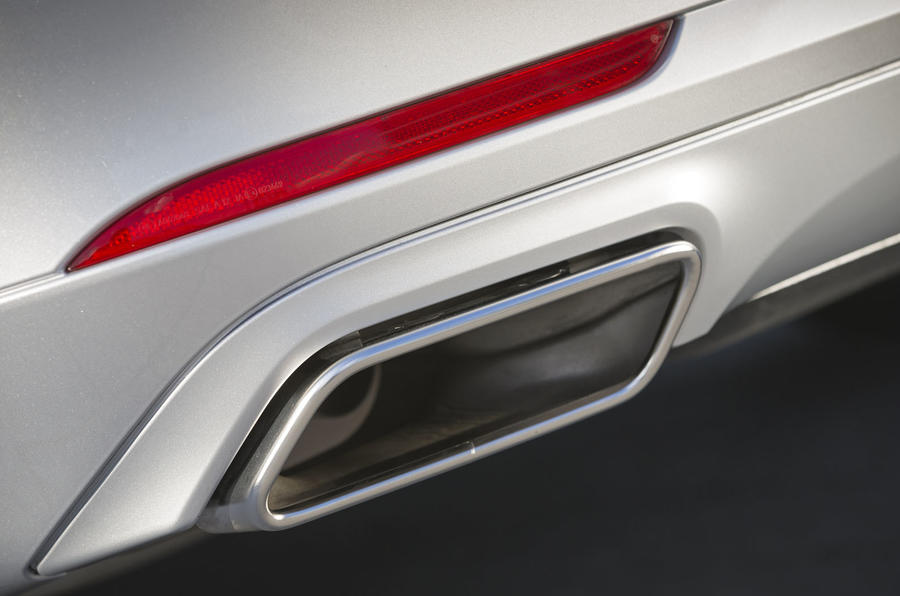 Mercedes-Benz S 500 L twin exhaust