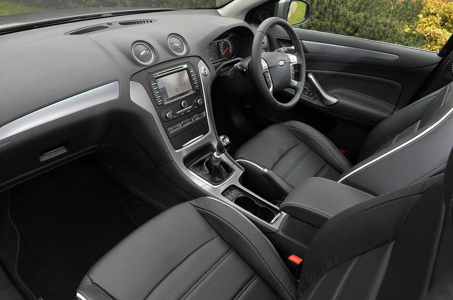 Ford Mondeo Titanium X Business Edition interior