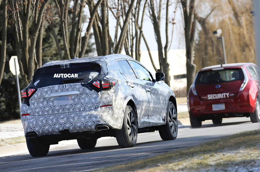 Next Nissan Murano spotted - new pictures