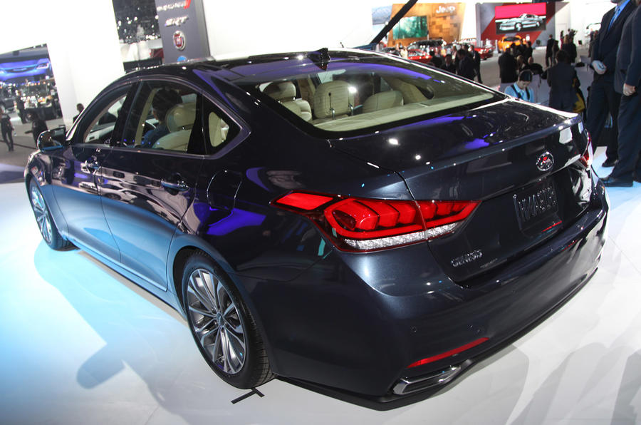 2015 Hyundai Genesis revealed in Detroit